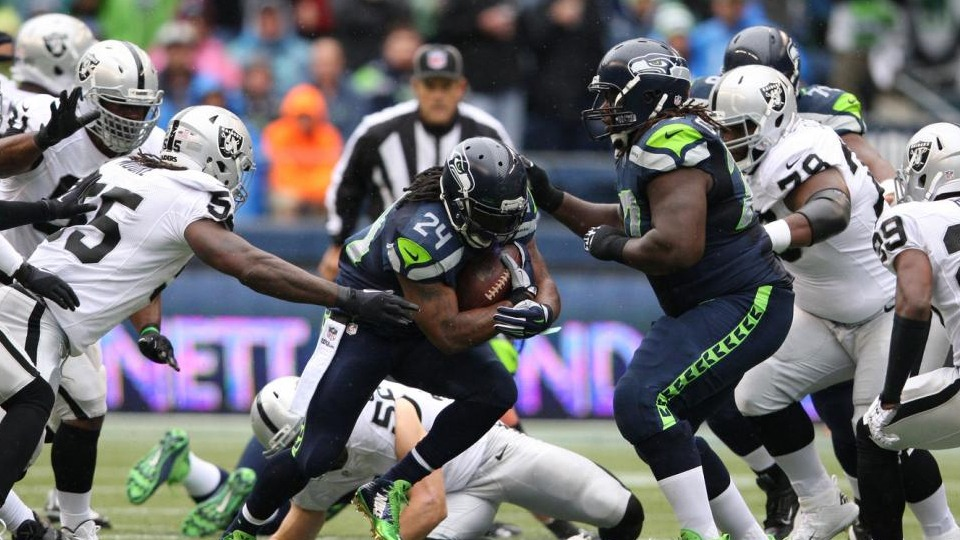Seahawks vs Raiders - NFL Package in Glendale - NFL Sunday Ticket Games in October - Kimmyz on Greenway - Image credit Jim Bryant UPI